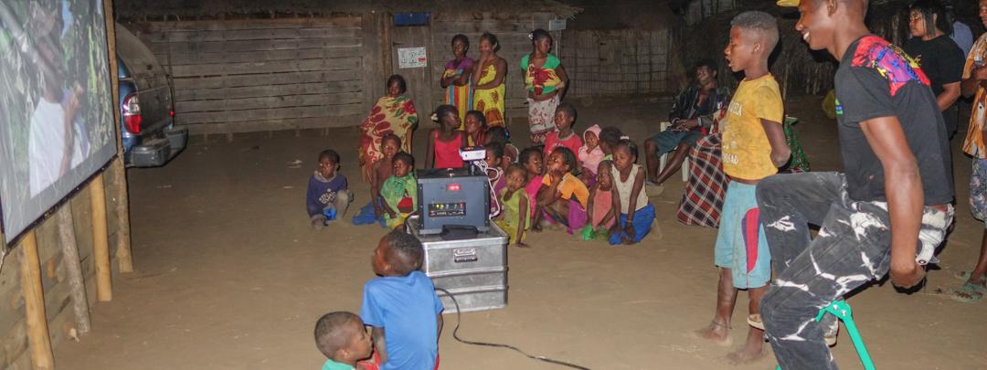 Mobiles Umweltkino in Madagaskar