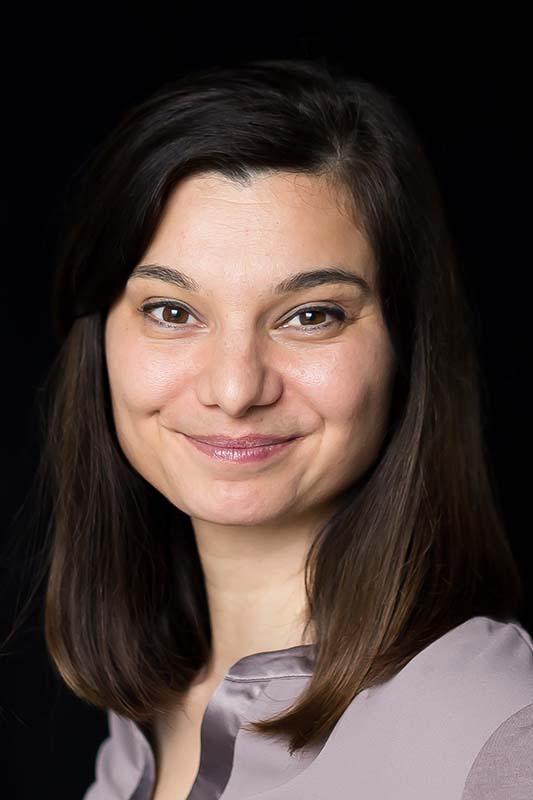 Prof. Dr. Yasmin Olteanu